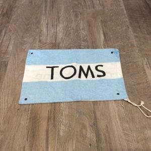TOMS dust bag
